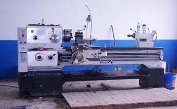 金氟隆工厂车床设备