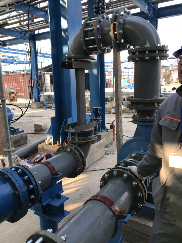 氟化工企业使用钢衬四氟管道现场